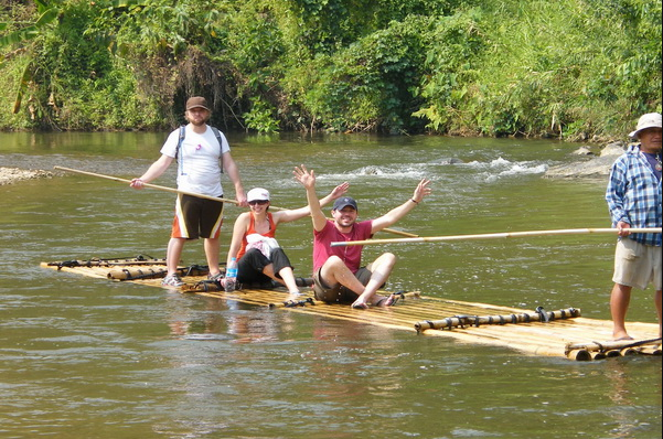 Experience bamboo rafting