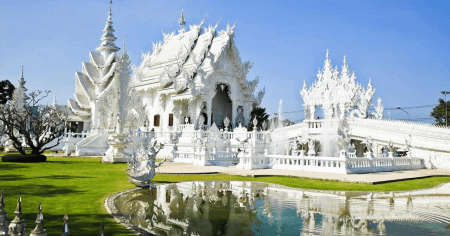 Discover temples in Golden Triangle