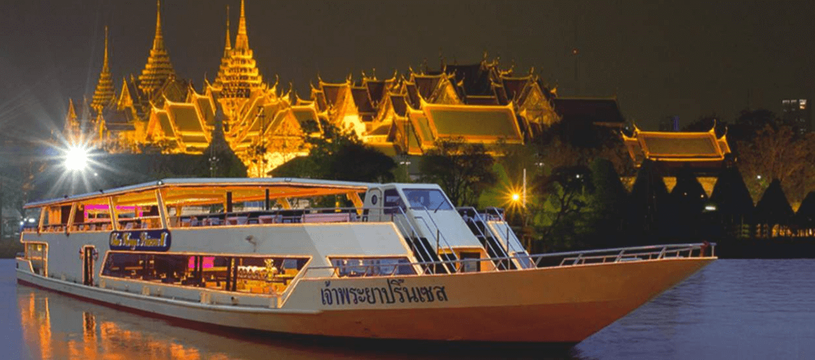Enjoy special dinner on cruise boat